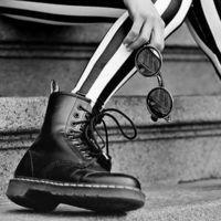 秋冬の足元はこれで決まり!Dr.マーチンのブーツで女子コーデ♪